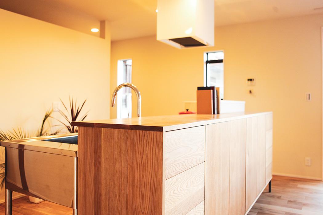 キッチン収納も特注でお客様のご希望ぴったりの品をご提案